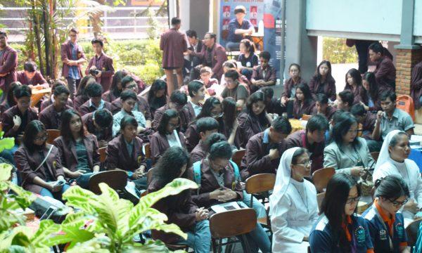 Edufair SMA Charitas